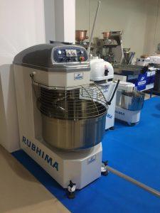 Amasadora de espiral automática Rubhima para panadería y pizzería