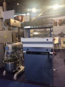 Cortadora de pan automática CPPA43
