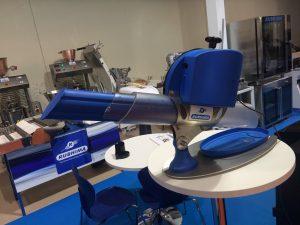 Detalle de la cortadora de bocadillos Rubhima